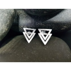 Silver Stud Earings - Triangles scratch polish finish